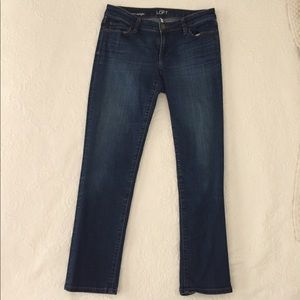 Loft Curvy Straight Short Jeans